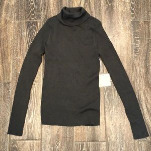NEW Active USA Turtle Neck Long Sleeve Top